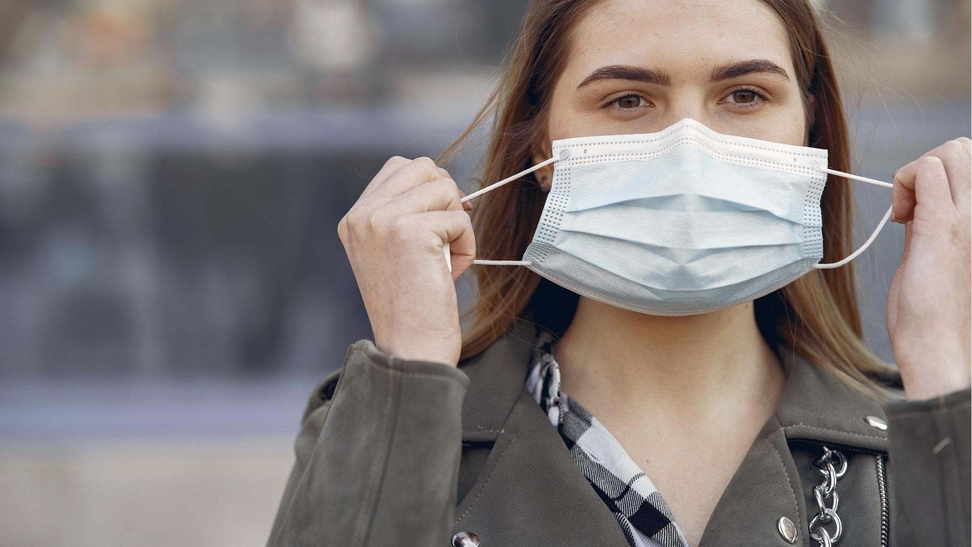 Negativa sanitaria a retirar mascarillas en el mes de julio